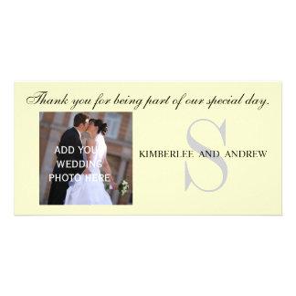 Brölloptack med monogramen namnger fotokort