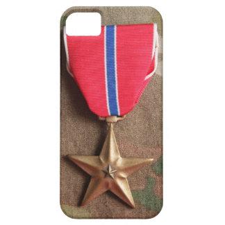 Brons stjärnan på fodral för Camo bakgrundsiPhone iPhone 5 Cases