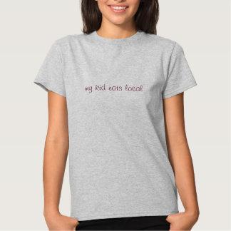 Bröst är den bäst lokalen t-shirt