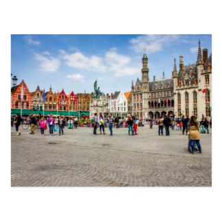 Bruges marknadsför stället fotograferar vykort