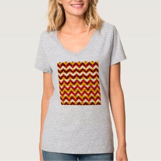 Brun röd och gul indisk sparre t-shirts