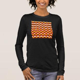Brun röd och gul indisk sparre tee shirts