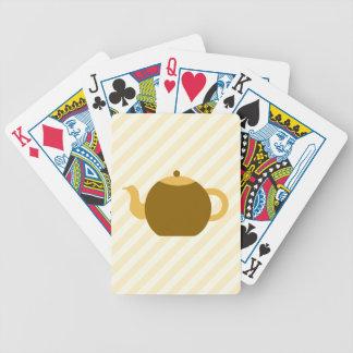 Brun tekannabild på beige Stripes. Spelkort