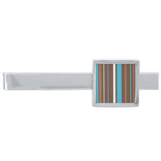 Bruna turkos- och vitrandar slipsnål med silverfinish