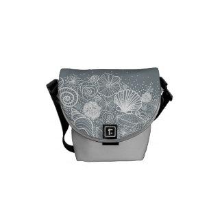 Budbärare för handväska för silversnäckskal messenger bag