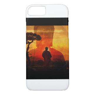 Buddha med solnedgångbakgrund
