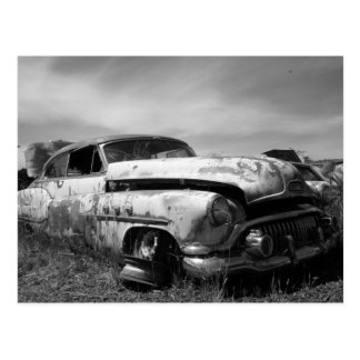 Buick bil i en skrot vykort