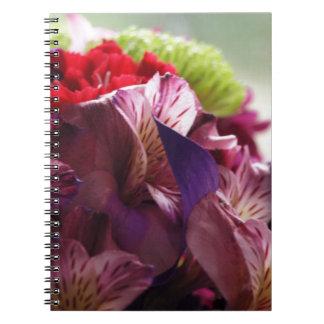 Bukett av kärlek anteckningsbok med spiral
