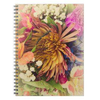 Bukett (värme färger), anteckningsbok med spiral