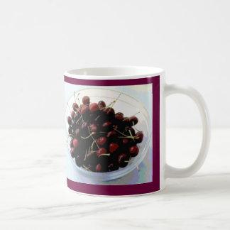 Bunke av körsbärmuggen kaffemugg