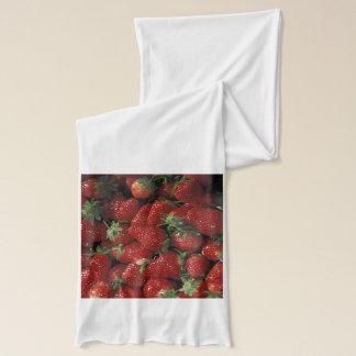 Bushel av jordgubbar sjal