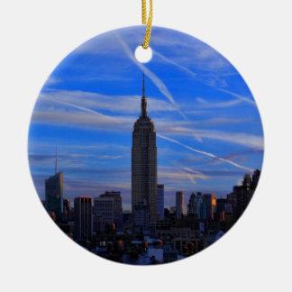Bygga för empire state, NYC-horisont och Julgransprydnad Keramik