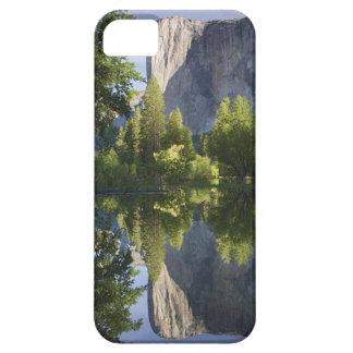 CA Yosemite NP, El Capitan reflekterade i Merced Barely There iPhone 5 Fodral