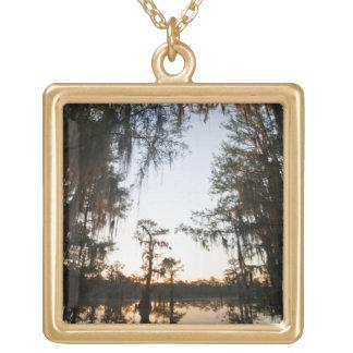 Caddo sjö på soluppgången guldpläterat halsband