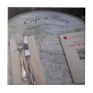 Cafe de Flore, Paris, frankrike - förlägga Kakelplatta