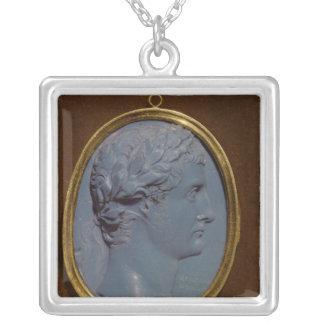 Cameo uthärda profilera av Tiberius Silverpläterat Halsband