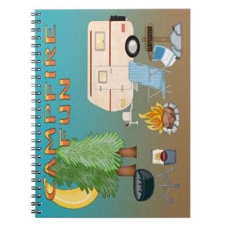 Campa den spiral anteckningsboken för roligt anteckningsbok