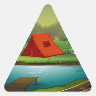 Campa platsen triangelformat klistermärke