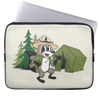 Campout för amerikan för skogsvaktarestack | laptop sleeve