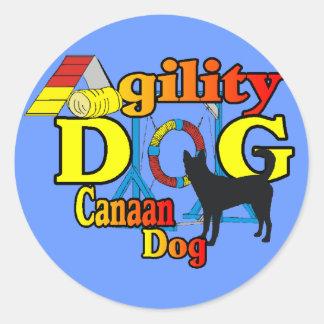 canaan gåvor för hundagilityskjortor runt klistermärke