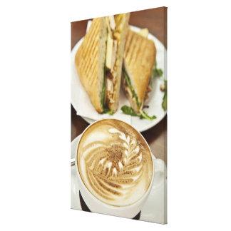 Cappuccino- och paninilunch canvastryck