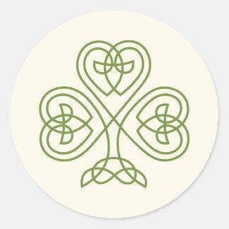Celtic elfenben för fnurraShamrockbröllop Runt Klistermärke