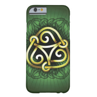 Celtic fnurra barely there iPhone 6 skal