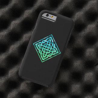 Celtic fnurra - diamantblåttgrönt tough iPhone 6 case