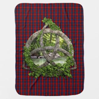 Celtic Trinityfnurra och klanMacLachlan Tartan Bebisfilt