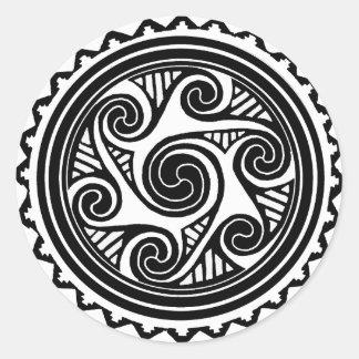 Celtic Triskele Runt Klistermärke