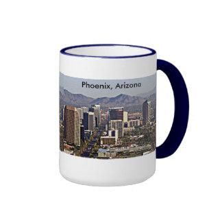 Centra beskådar av Phoenix, Arizona Ringer Mugg