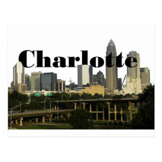 Charlotte NC horisont med Charlotte i himmlen Vykort