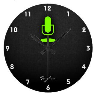Chartreuse grön mikrofon för neon stor klocka