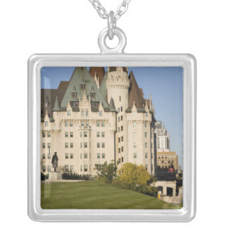 ChateauLaurier hotell i Ottawa, Ontario, Kanada Silverpläterat Halsband