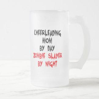 Cheerleading mamma för ZombieSlayer Frostat Ölglas