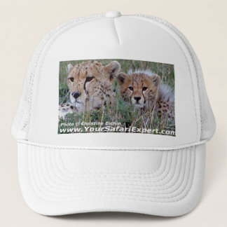Cheetah med ungehatten keps