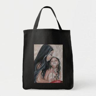 Cherish sjöjungfrun, och barnet hänger lös tygkasse