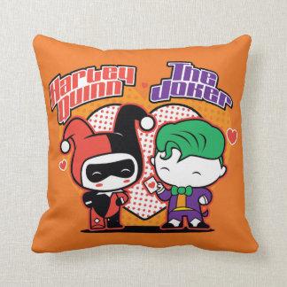 Chibi Harley Quinn & Chibi Jokerhjärtor Dekorativ Kudde
