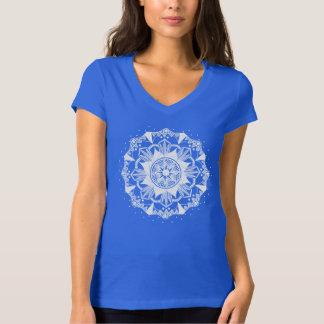Chic och moderiktig design för skjorta för tee shirts