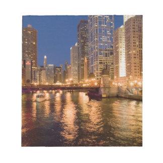 Chicago, Illinois, horisont och Chicago River på 2 Anteckningsblock