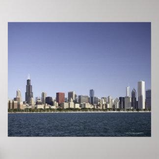 Chicago stadshorisont med Lake Michigan 2 Poster