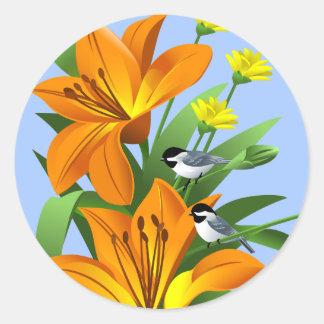Chickadee- och blommaklistermärkear runt klistermärke