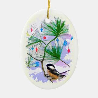 Chickadeefågel i julgranprydnad julgransprydnad keramik
