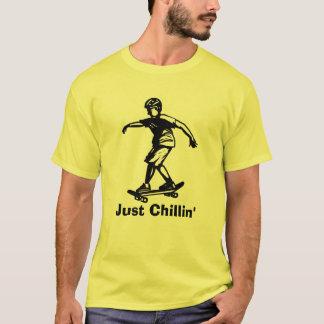 Chillin för skaterpojke precis Skateboarder Tee Shirts