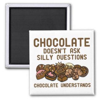 Choklad förstår den roliga kylmagneten