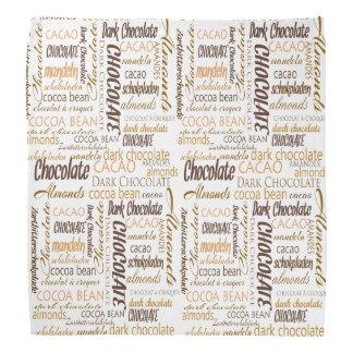 Choklad, mandelar och mörk chokladtextdesign scarf