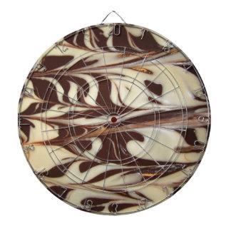 Choklad virvlar runt darttavlor