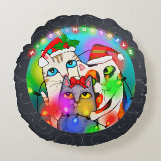 Christmas Cats Tangled in Holiday Lights Pillow Rund Kudde