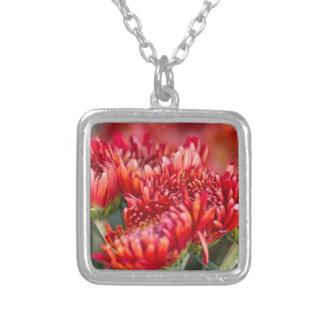 chrysanthemum i trädgården silverpläterat halsband