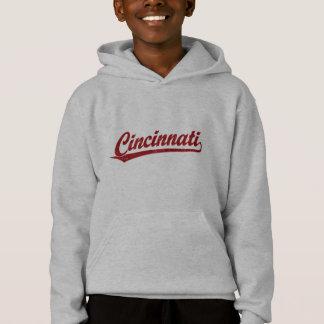 Cincinnati skrivar logotypen i rött tshirts